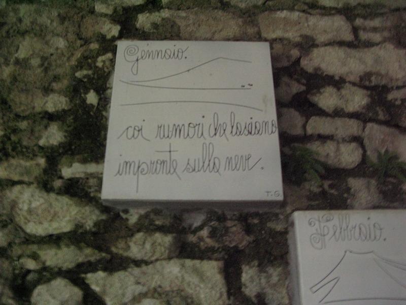 Piastrelle poetiche elena saviano ceramiche fratantoni scomunicando - Marche di piastrelle ...