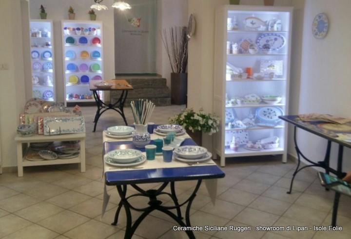 Ceramiche ruggeri u2013 lo showroom a lipari in perfetta sintonia con