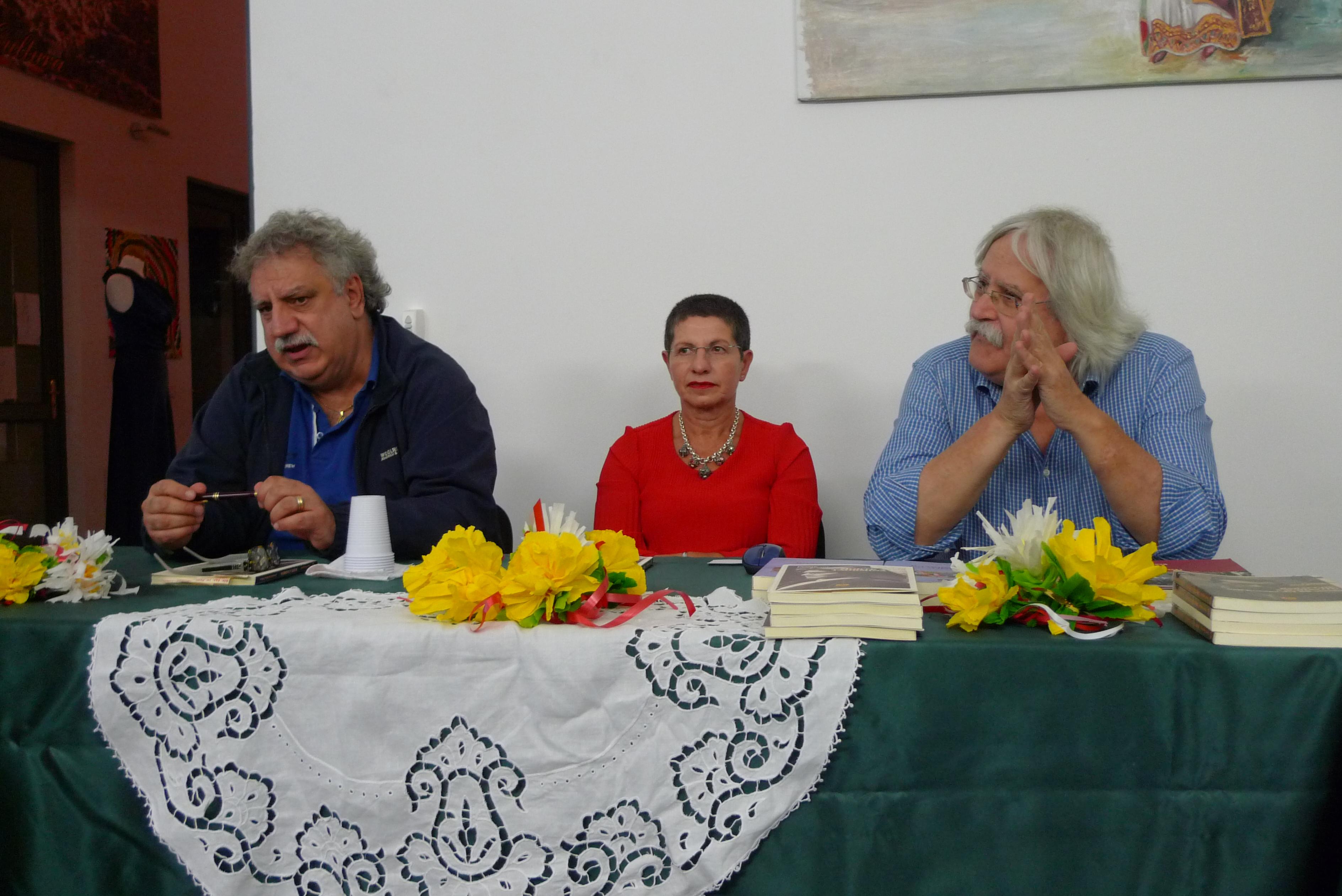 Sinagra ottobre si veste di giallo morte a taormina for Pro loco taormina