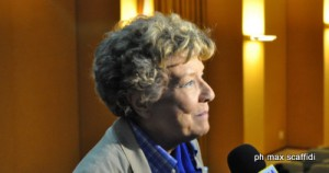 DACIA MARAINI – La scrittrice dona 50 libri alla biblioteca scolastica del Comprensivo brolese
